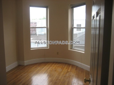 Allston Awesome Allston Apartment!  Boston - $3,280