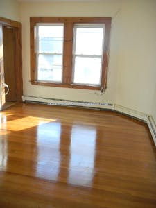 Jamaica Plain Incredible 3 Bed 1 Bath on Mozart St. Boston - $2,800