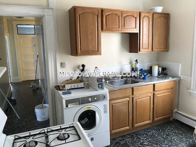 Mission Hill Apartment for rent 4 Bedrooms 1.5 Baths Boston - $3,000