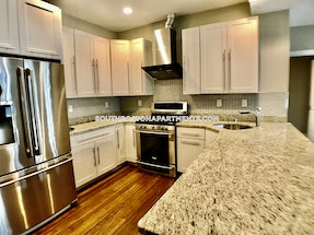 South Boston -STUNNING 2 BED AVAILABLE NEAR THE RED LINE! Boston - $4,100