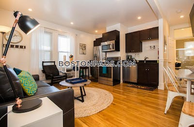 Cambridge Fantastic 3 Beds 1.5 Baths Available 6/1/2020!! Located on Western Ave  Central Square/cambridgeport - $4,100