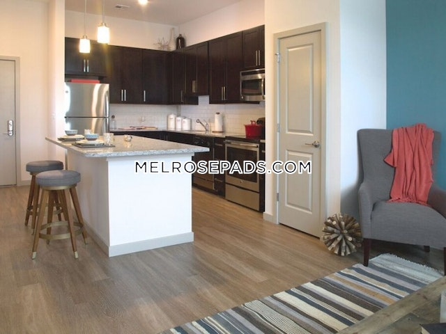 1 Bed 1 Bath - Melrose $2,200